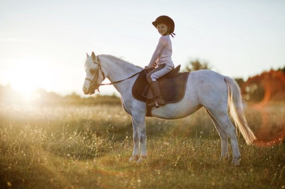 Cours de poneys pour enfant